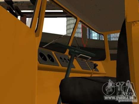 KAZ 608 pour GTA San Andreas vue arrière