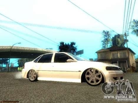 Chevrolet Vectra CD 2.2 16V 2003 pour GTA San Andreas vue de droite