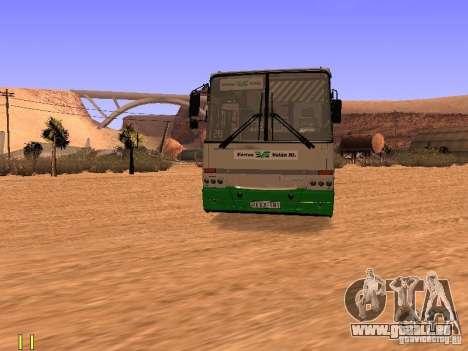 Ikarus C63 pour GTA San Andreas vue de droite