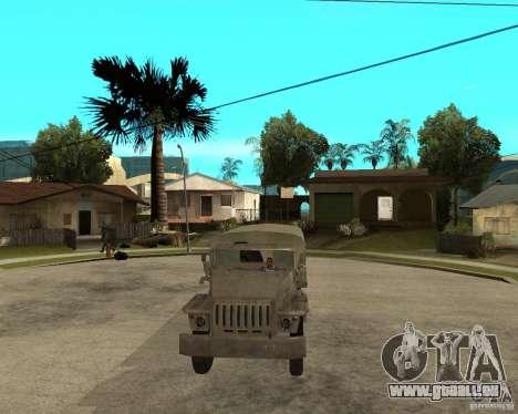 Oural-4230 pour GTA San Andreas vue arrière
