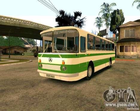LAZ 699R pour GTA San Andreas