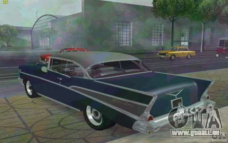 Chevrolet Bel Air 1957 pour GTA San Andreas sur la vue arrière gauche