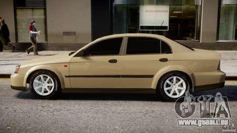Chevrolet Evanda pour GTA 4 Vue arrière de la gauche