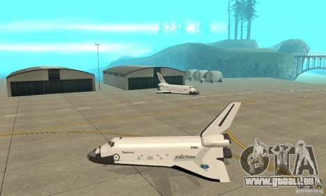 Space Shuttle Discovery für GTA San Andreas linke Ansicht