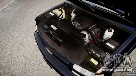 Chevrolet Suburban Z-71 2003 pour GTA 4 est une vue de l'intérieur