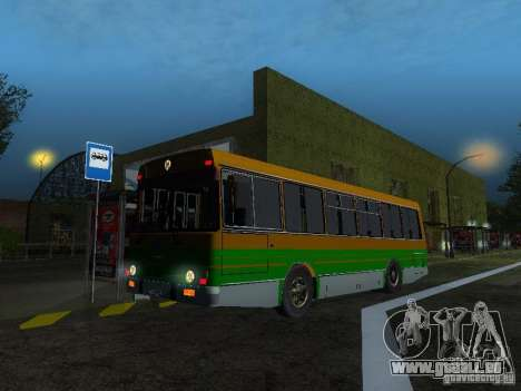 LAZ-4202 pour GTA San Andreas laissé vue