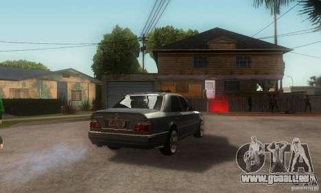 Mercedes-Benz E500 pour GTA San Andreas sur la vue arrière gauche