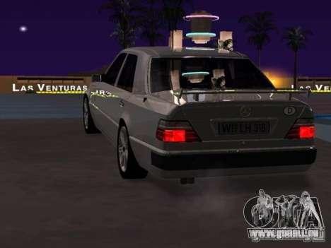 Mercedes-Benz E500 Taxi 1 für GTA San Andreas rechten Ansicht