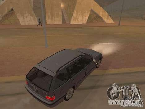 BMW 318 Touring pour GTA San Andreas vue intérieure