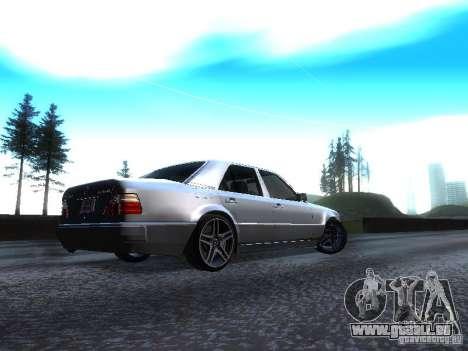 Mercedes-Benz E500 W124 pour GTA San Andreas laissé vue