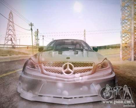 Mercedes-Benz C63 AMG Black Series pour GTA San Andreas vue de droite