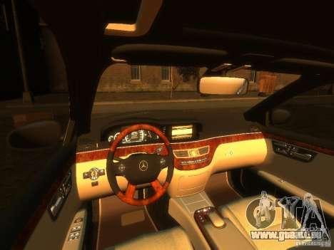 Mercedes-Benz W221 S500 pour GTA 4 est un droit