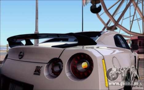 Nissan GTR 2011 Egoist (version avec la saleté) pour GTA San Andreas moteur