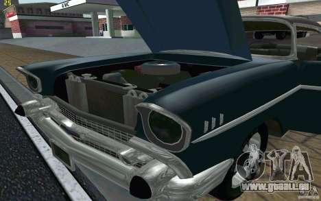 Chevrolet Bel Air 1957 pour GTA San Andreas vue intérieure