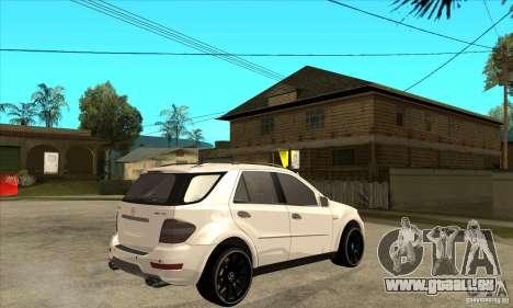 Mercedes-Benz ML 63 pour GTA San Andreas vue de droite