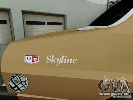 Nissan Skyline 2000GT C210 pour GTA San Andreas sur la vue arrière gauche