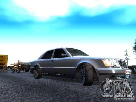 Mercedes-Benz E500 W124 pour GTA San Andreas sur la vue arrière gauche