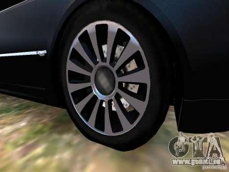 Audi A8L W12 pour GTA 4 est une vue de dessous