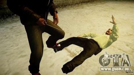 B.A.K. Knife pour GTA 4 cinquième écran