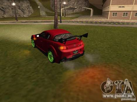Mazda RX-8 R3 Tuned 2011 pour GTA San Andreas salon