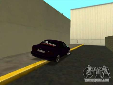 BMW M5 E34 NeedForDrive pour GTA San Andreas vue de droite