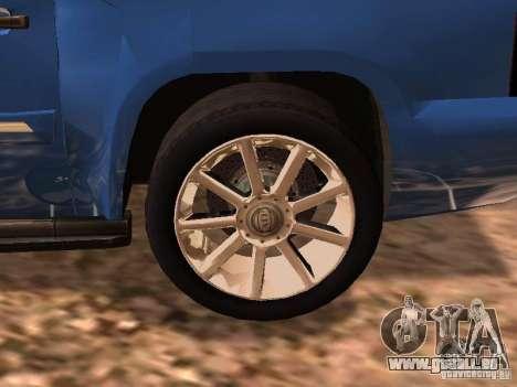 GMC Yukon Denali XL pour GTA San Andreas sur la vue arrière gauche
