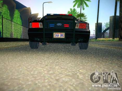 Ford Crown Victoria Police Intercopter pour GTA San Andreas vue de côté