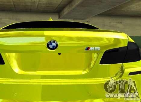 BMW M5 F10 Gold pour GTA San Andreas vue de droite