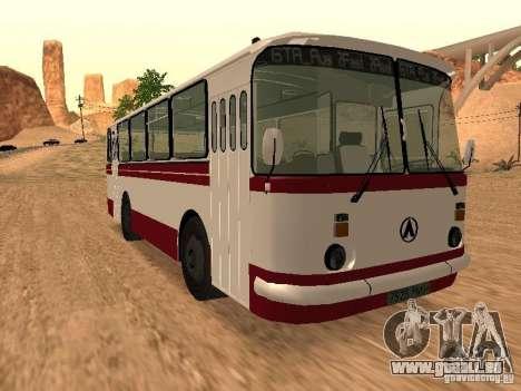 LAZ 695 pour GTA San Andreas