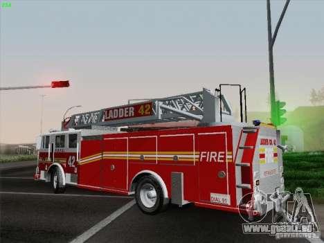 Seagrave Ladder 42 pour GTA San Andreas vue de côté