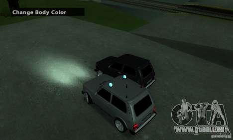 VAZ 21213 NIVA FBI pour GTA San Andreas sur la vue arrière gauche