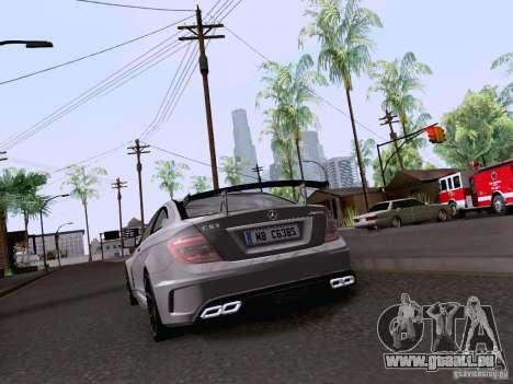 Mercedes-Benz C63 AMG Coupe Black Series pour GTA San Andreas vue arrière