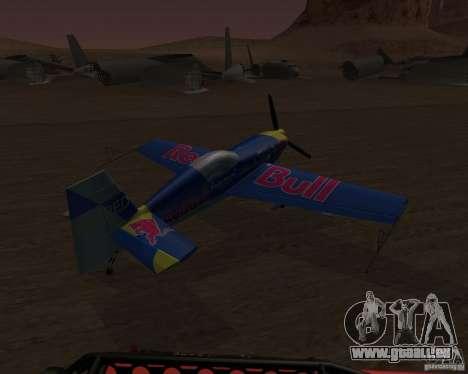 Extra 300L Red Bull pour GTA San Andreas vue de droite