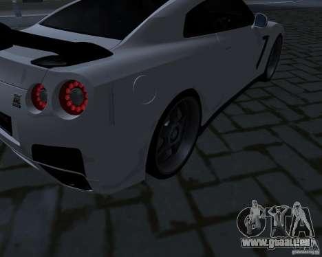 Nissan GTR-35 Spec-V pour GTA San Andreas vue de côté