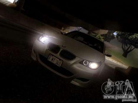 BMW M5 E60 2009 pour GTA San Andreas vue de côté