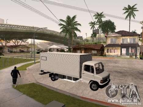 Mercedes Benz 710 pour GTA San Andreas vue arrière