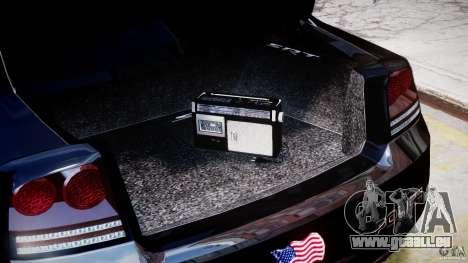 Dodge Charger NYPD Police v1.3 pour GTA 4 est un côté