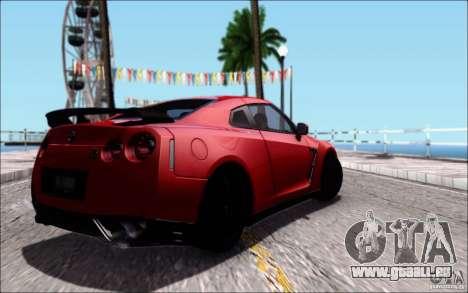 Nissan GTR 2011 Egoist (Version mit Schmutz) für GTA San Andreas Seitenansicht