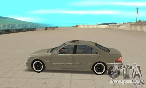 Mercedes-Benz S65 AMG 2004 pour GTA San Andreas laissé vue