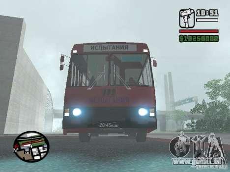 LAZ 5252 pour GTA San Andreas laissé vue