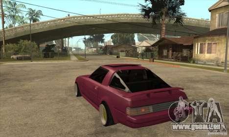 Mazda RX7 SA22C pour GTA San Andreas sur la vue arrière gauche
