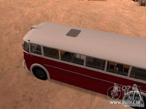 Ikarus 60 pour GTA San Andreas vue de droite