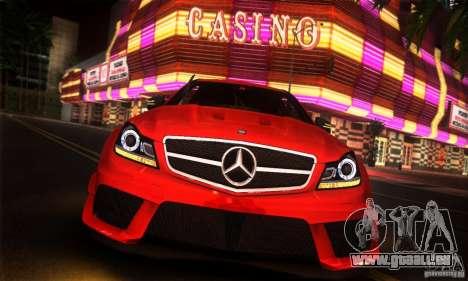 Mercedes Benz C63 AMG pour GTA San Andreas vue de droite