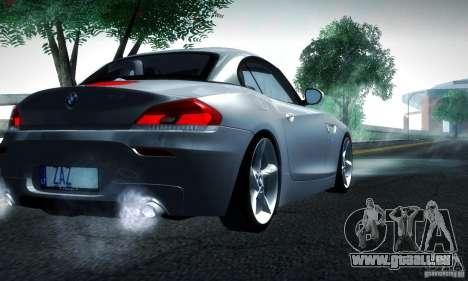 BMW Z4 Stock 2010 pour GTA San Andreas sur la vue arrière gauche