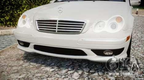 Mercedes-Benz C32 AMG 2004 pour GTA 4 est un côté