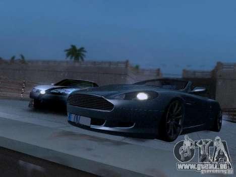 Aston Martin DB9 Volante 2006 pour GTA San Andreas vue de droite