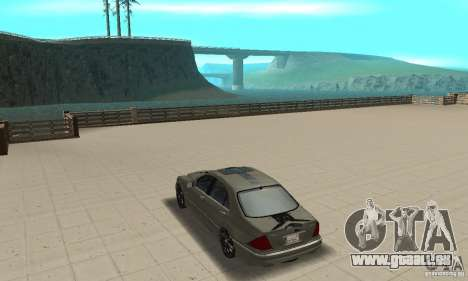 Mercedes Benz AMG S65 DUB pour GTA San Andreas sur la vue arrière gauche