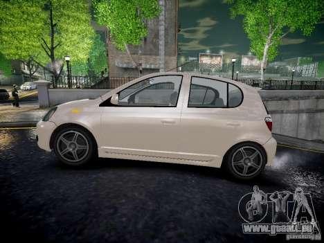 Toyota Vitz für GTA 4 linke Ansicht