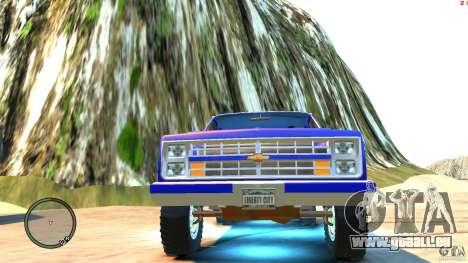 Chevrolet Suburban 1986 pour GTA 4 est un côté