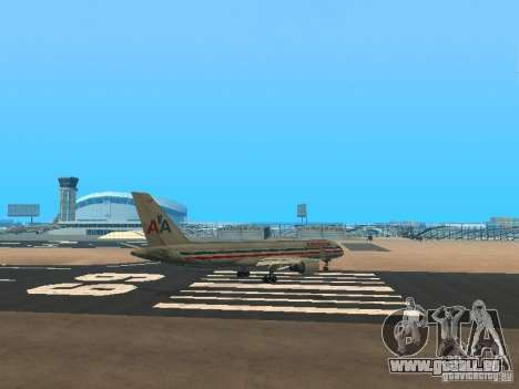 Boeing 757-200 American Airlines pour GTA San Andreas vue de droite